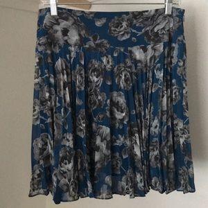 Blue Loft Pleated skirt